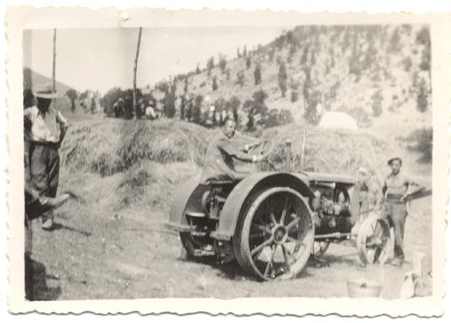 Scene di trebbiatura (Monteleone e Ruscio 1930-40)
