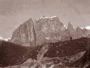 Scoglio Rosso del Pasubio (foto Ten. Gianni Peri)