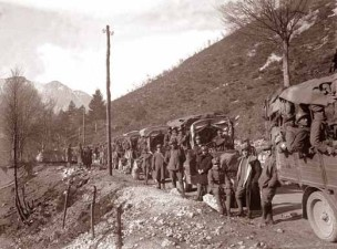 Trasporto truppe (foto Ten. Gianni Peri)
